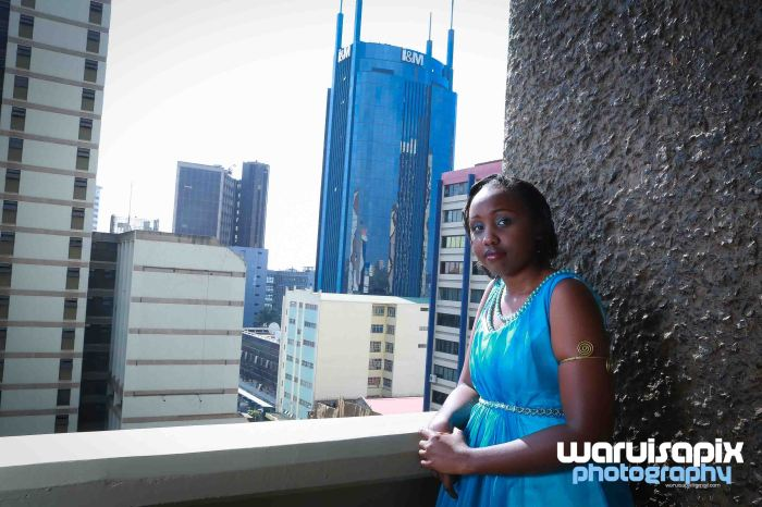 weeding in the city nairobi streets by waruisapix (2 of 37)