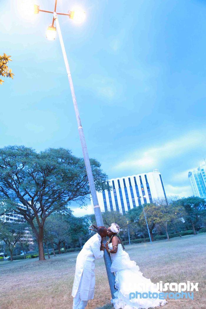 weeding in the city nairobi streets by waruisapix (71 of 88)