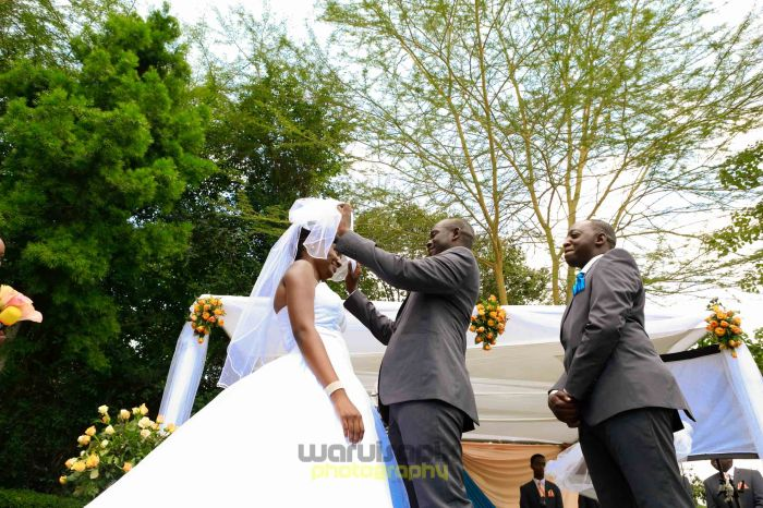creative kenyan wedding photographer-37