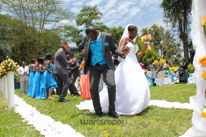 creative kenyan wedding photographer-42