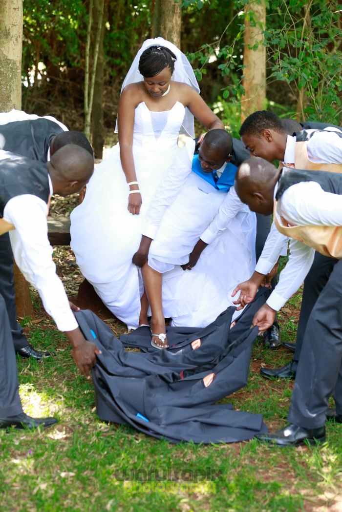 creative kenyan wedding photographer-47