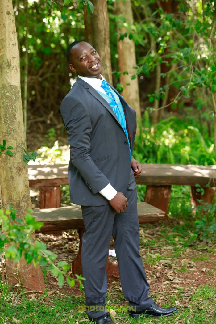 creative kenyan wedding photographer-48