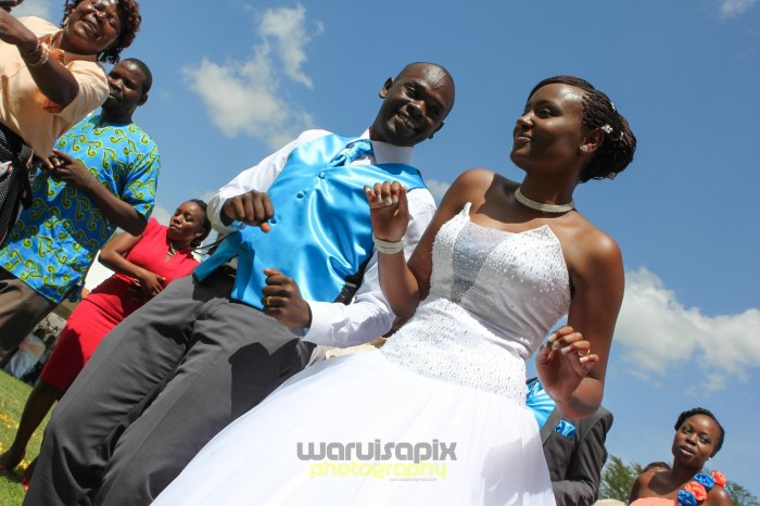 creative kenyan wedding photographer-65