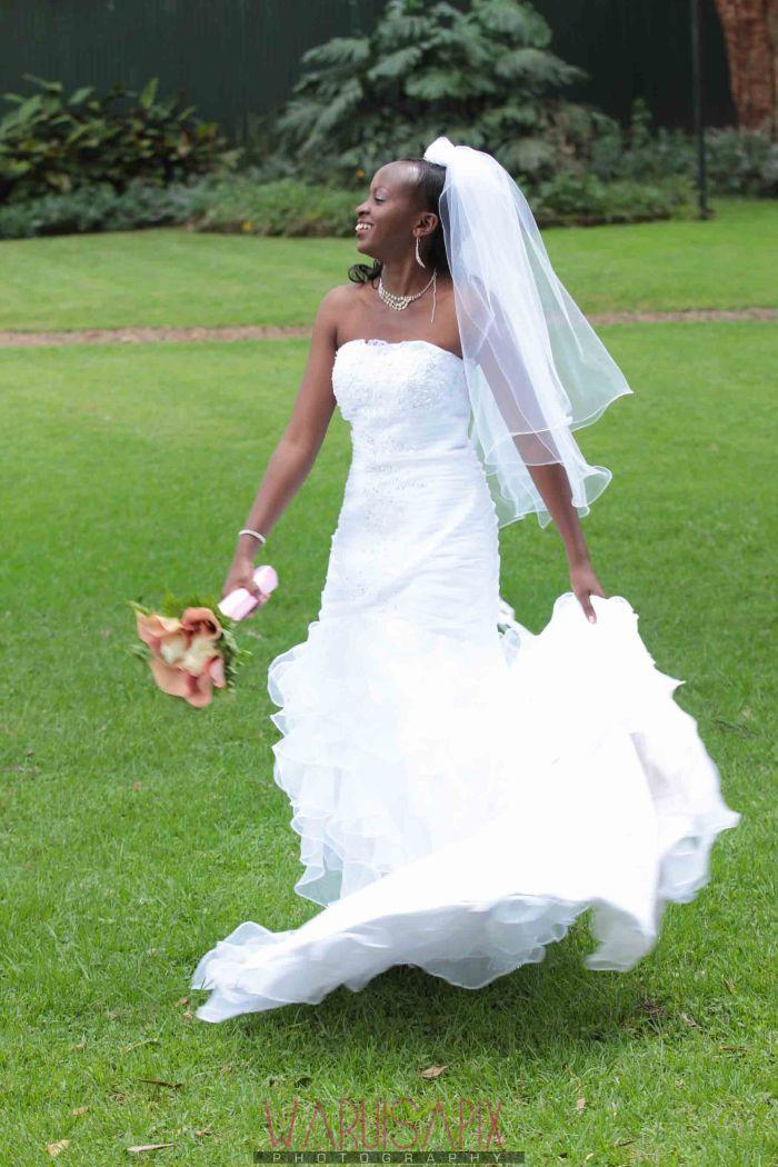 Kenyan wedding photographer nairobi streets shoot-36