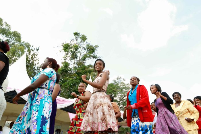 Kenyan wedding photographer nairobi streets shoot-48