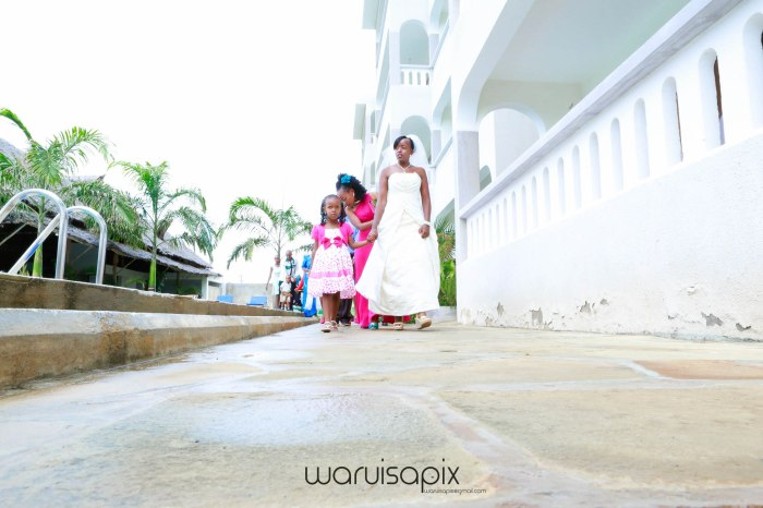 kenyas top wedding photographer creative beach weding photos at the coast mombasa by waruisapix-16