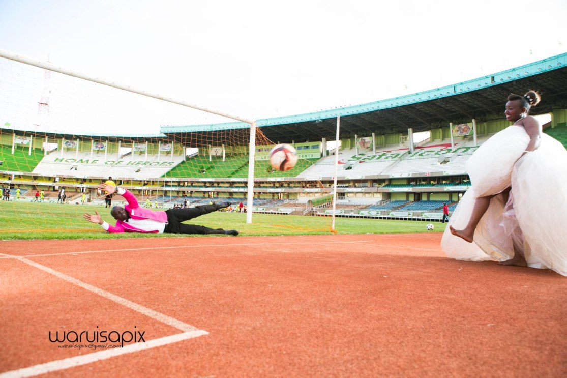 kenyas top wedding photogqrapher wedding at kasarani sports stadium (113 of 127)