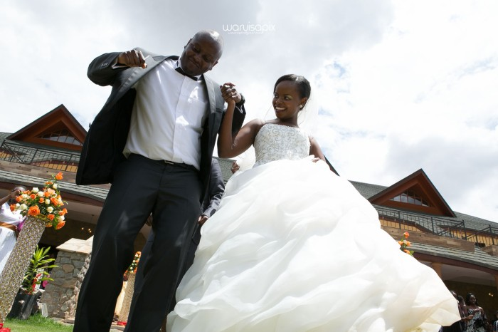 waruisapix wedding shoot in the rain sunset and rainbow kenyan wedding photographer-54