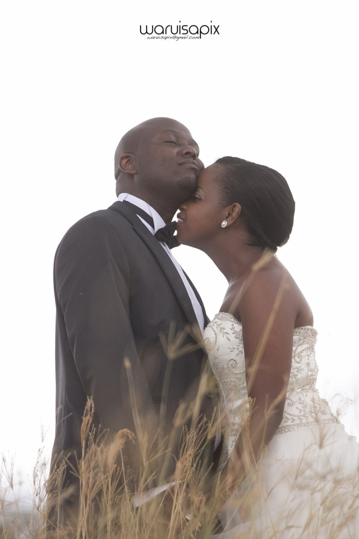waruisapix wedding shoot in the rain sunset and rainbow kenyan wedding photographer-59