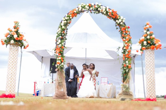 waruisapix wedding shoot in the rain sunset and rainbow kenyan wedding photographer-78