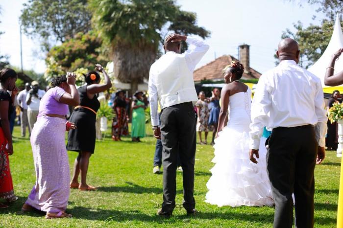 WARUISAPIX WEDDING SHOOT CREATIVE STREET SHOOT-92