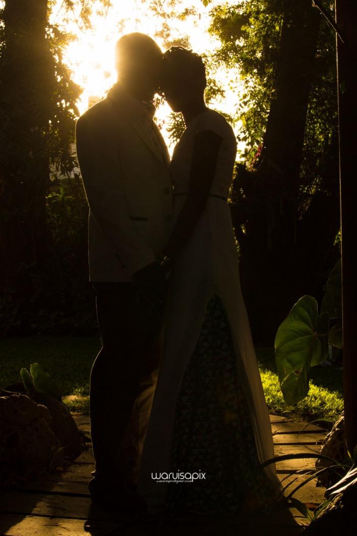 top kenyan wedding photographer waruisapix extreme fun unposed sponteneous photos of bridal party in african wear -106