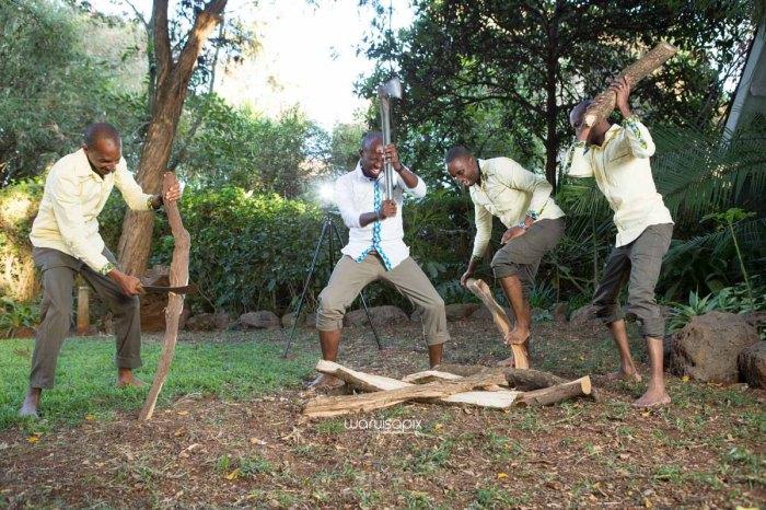 top kenyan wedding photographer waruisapix extreme fun unposed sponteneous photos of bridal party in african wear -124