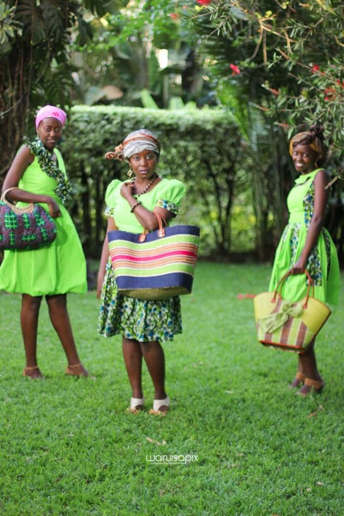 top kenyan wedding photographer waruisapix extreme fun unposed sponteneous photos of bridal party in african wear -131