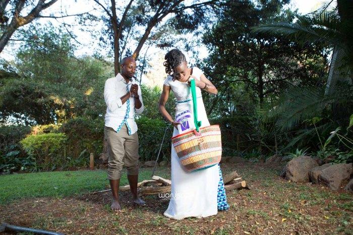 top kenyan wedding photographer waruisapix extreme fun unposed sponteneous photos of bridal party in african wear -139