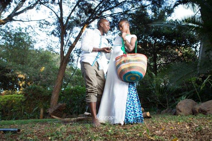 top kenyan wedding photographer waruisapix extreme fun unposed sponteneous photos of bridal party in african wear -145