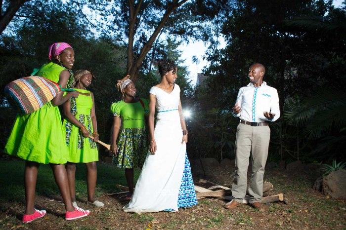 top kenyan wedding photographer waruisapix extreme fun unposed sponteneous photos of bridal party in african wear -166