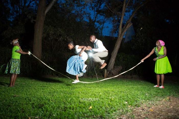 top kenyan wedding photographer waruisapix extreme fun unposed sponteneous photos of bridal party in african wear -175