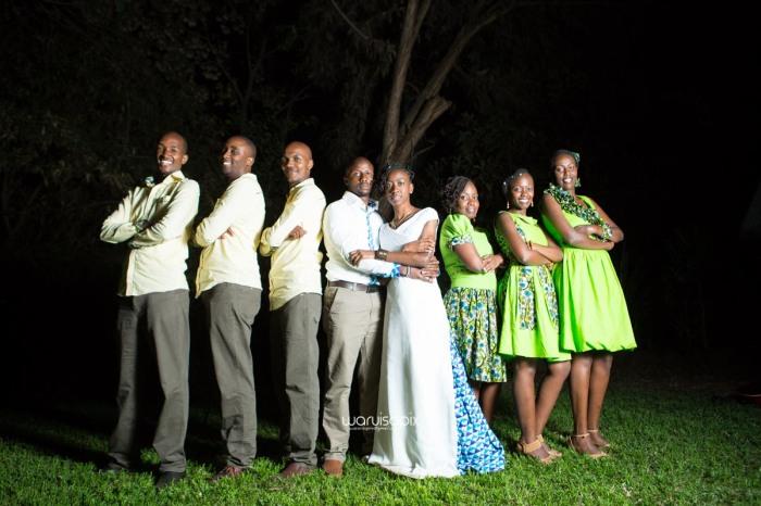 top kenyan wedding photographer waruisapix extreme fun unposed sponteneous photos of bridal party in african wear -180