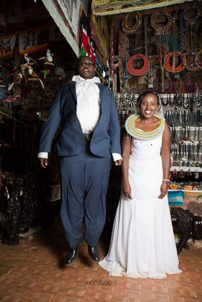 top kenyan wedding photographer waruisapix in karen at a curio shop-102