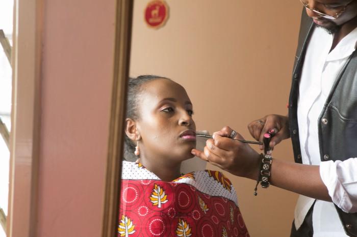 top kenyan wedding photographer waruisapix in karen at a curio shop-11