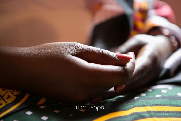 top kenyan wedding photographer waruisapix in karen at a curio shop-15