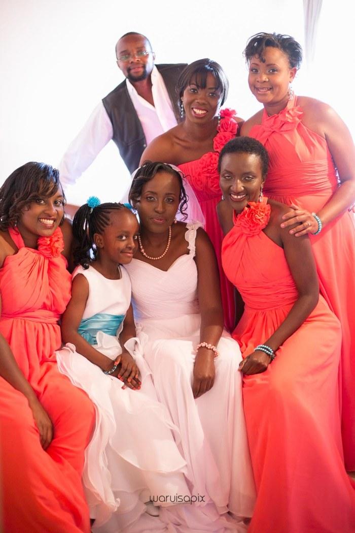 top kenyan wedding photographer waruisapix in karen at a curio shop-16