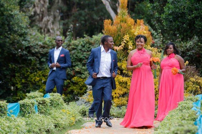 top kenyan wedding photographer waruisapix in karen at a curio shop-20
