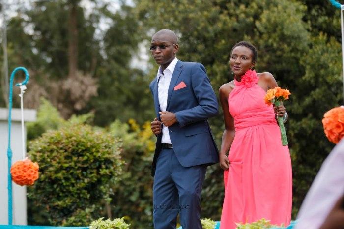 top kenyan wedding photographer waruisapix in karen at a curio shop-21