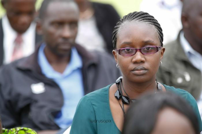 top kenyan wedding photographer waruisapix in karen at a curio shop-32