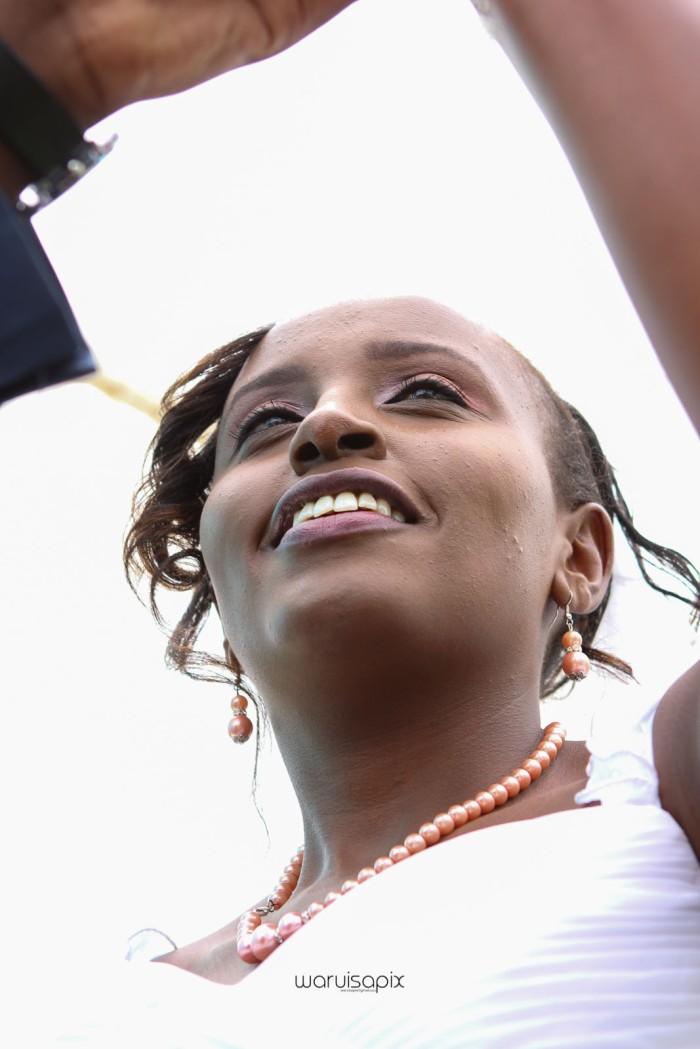 top kenyan wedding photographer waruisapix in karen at a curio shop-44