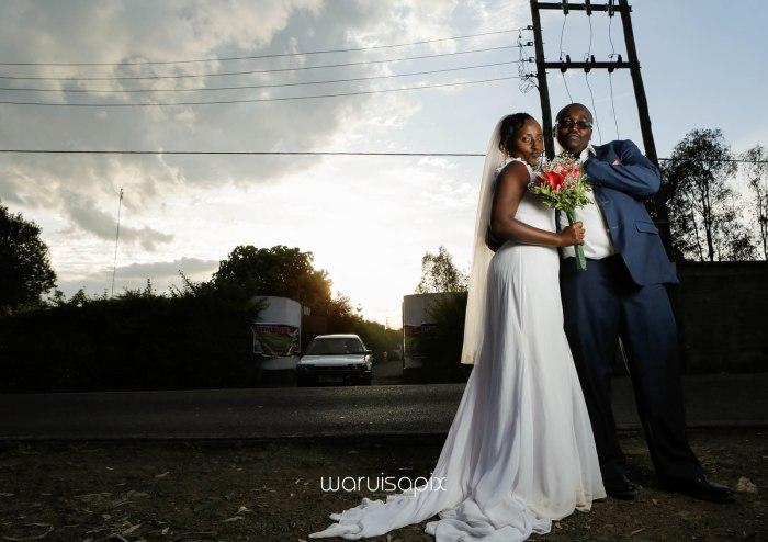 top kenyan wedding photographer waruisapix in karen at a curio shop-72