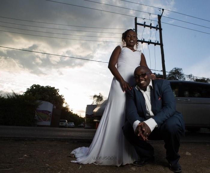 top kenyan wedding photographer waruisapix in karen at a curio shop-80