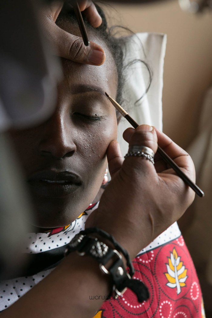 top kenyan wedding photographer waruisapix in karen at a curio shop-8