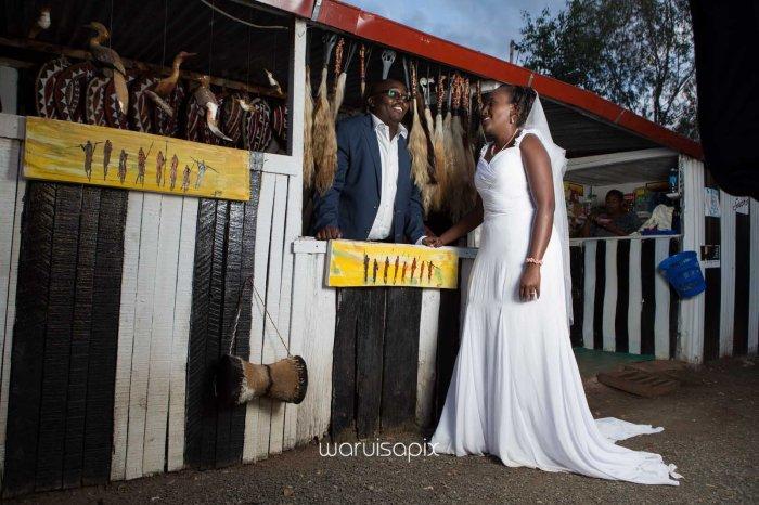 top kenyan wedding photographer waruisapix in karen at a curio shop-96