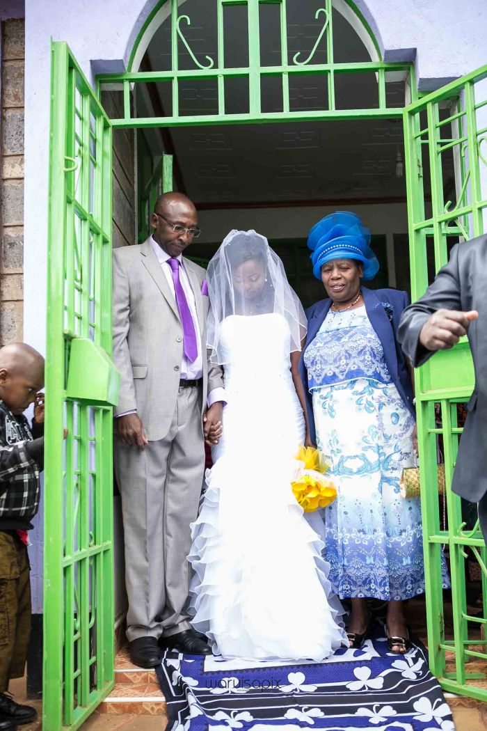 top kenyan wedding photographer waruisapix in karen ngong and dari restaurant-31