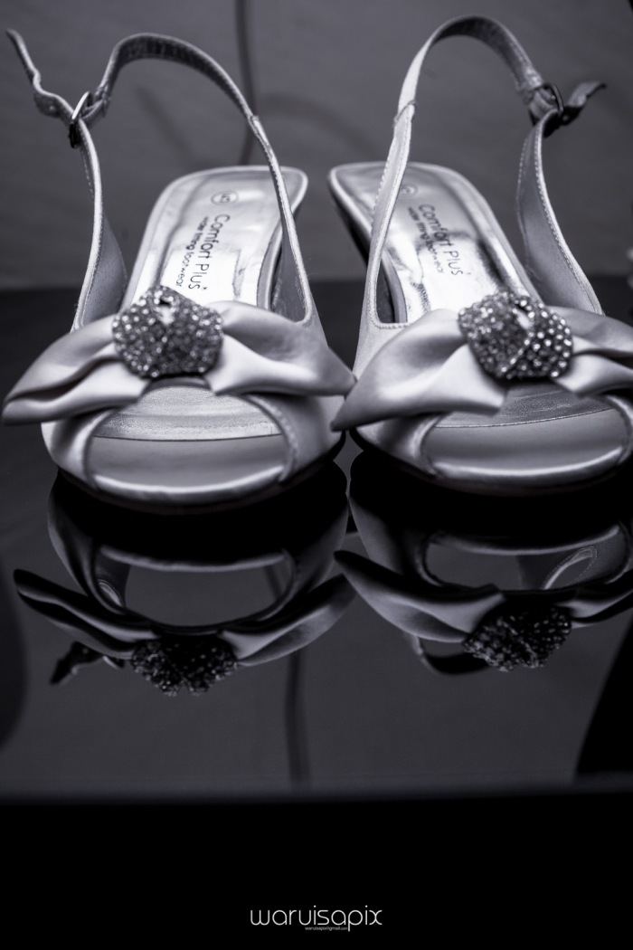 The Hepburns in love street  an intimate kenyan scottish wedding by waruisapix -2