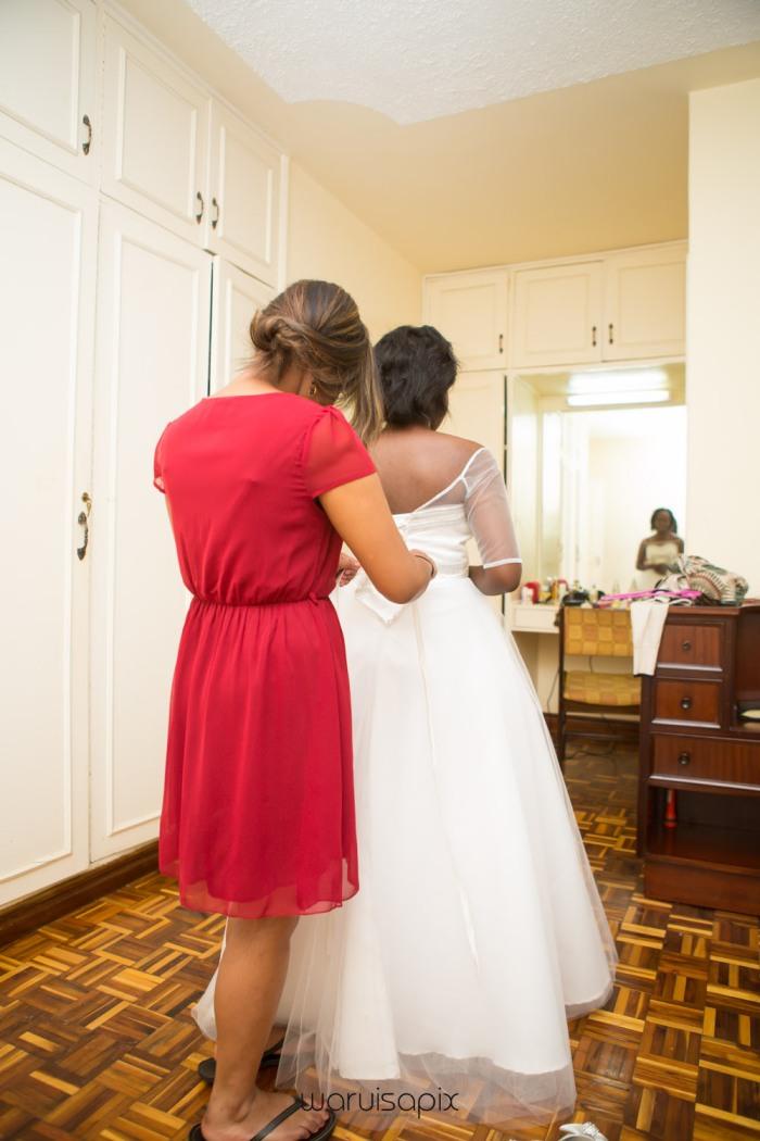 The Hepburns in love street  an intimate kenyan scottish wedding by waruisapix -20
