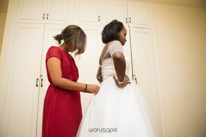 The Hepburns in love street  an intimate kenyan scottish wedding by waruisapix -21
