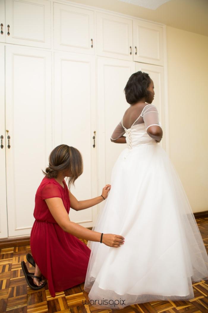 The Hepburns in love street  an intimate kenyan scottish wedding by waruisapix -23