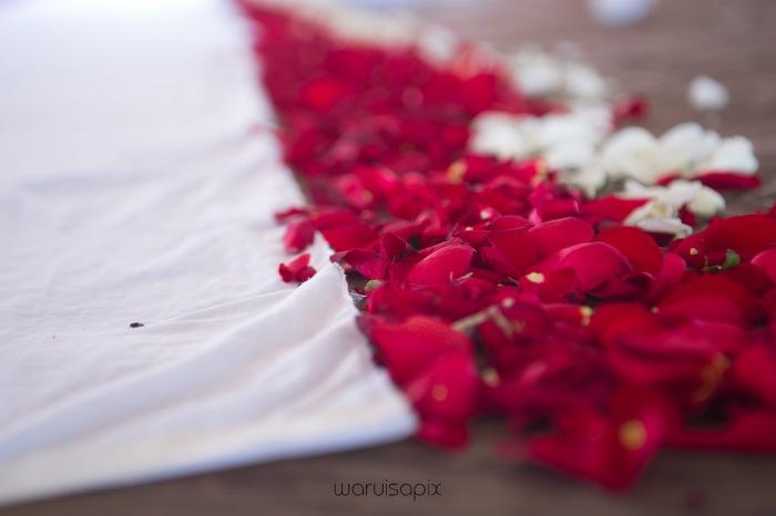 The Hepburns in love street  an intimate kenyan scottish wedding by waruisapix -40