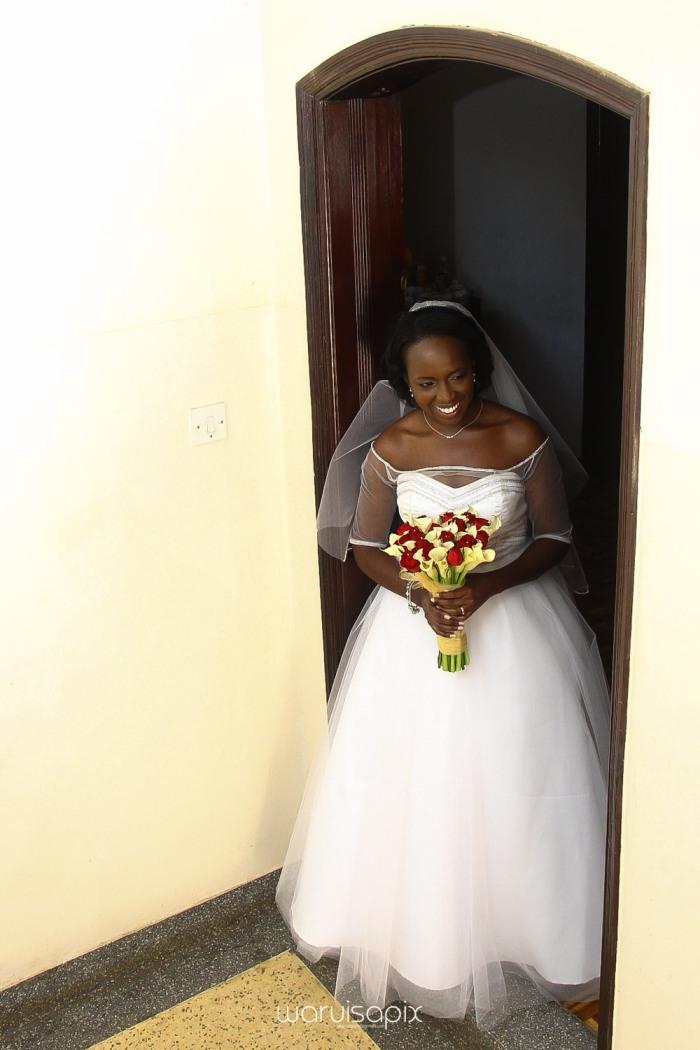 The Hepburns in love street  an intimate kenyan scottish wedding by waruisapix -41
