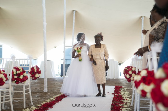 The Hepburns in love street  an intimate kenyan scottish wedding by waruisapix -58
