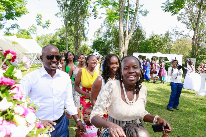 Tush and Calvo wedding blog at the Bedelle runda done by kenya's finest photographer waruisapix-10113