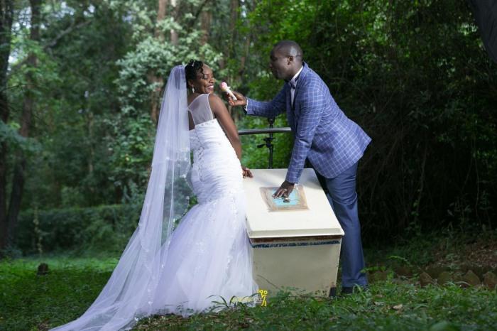 waruisapix wedding photoshoot ideas at the nairobi arboretum forest creative destination photographer in kenya-105