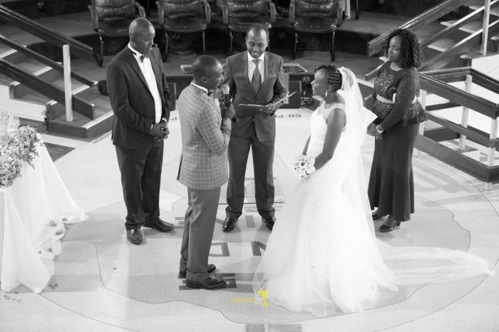 waruisapix wedding photoshoot ideas at the nairobi arboretum forest creative destination photographer in kenya-58