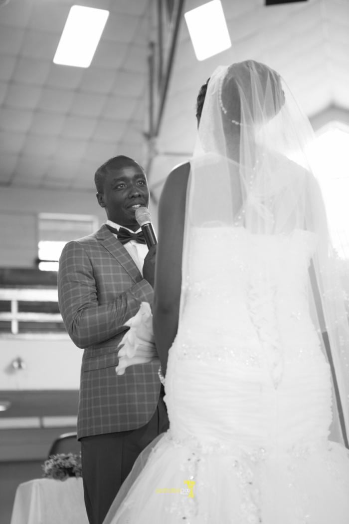 waruisapix wedding photoshoot ideas at the nairobi arboretum forest creative destination photographer in kenya-59