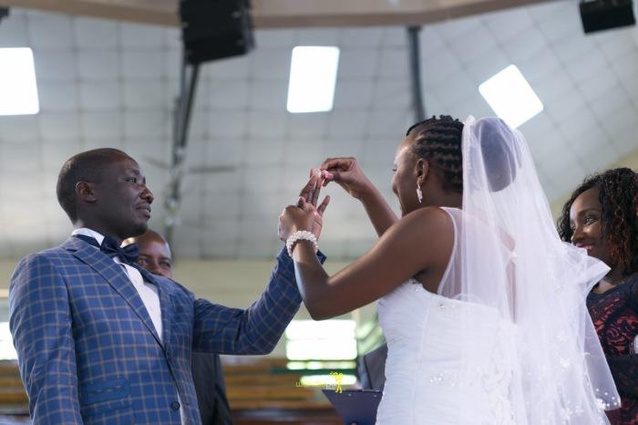 waruisapix wedding photoshoot ideas at the nairobi arboretum forest creative destination photographer in kenya-67