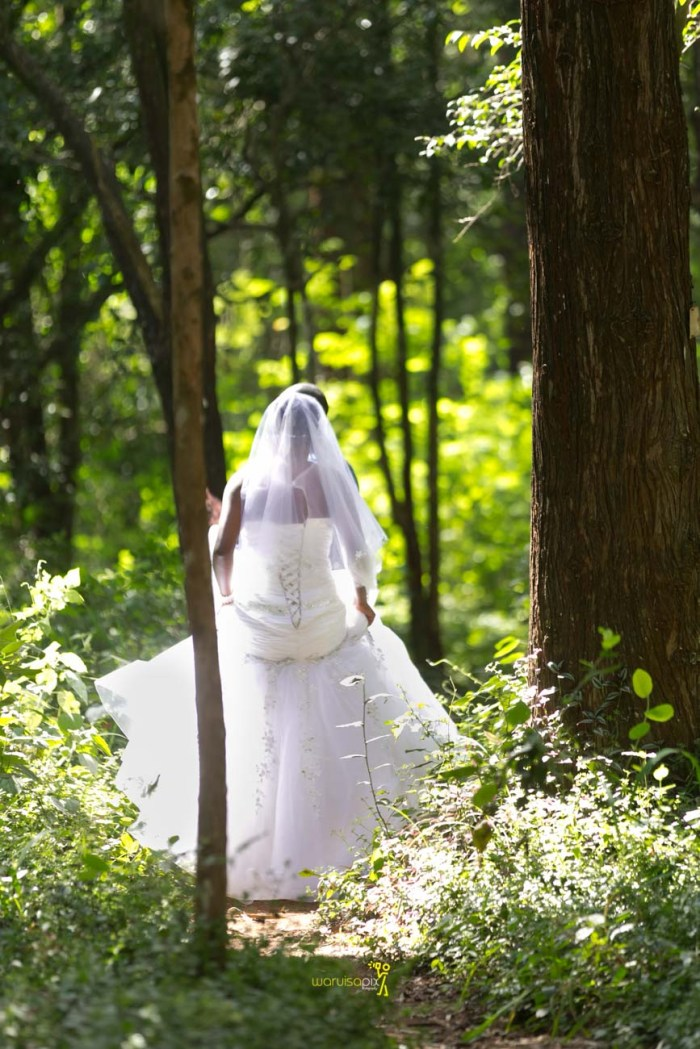 waruisapix wedding photoshoot ideas at the nairobi arboretum forest creative destination photographer in kenya-78
