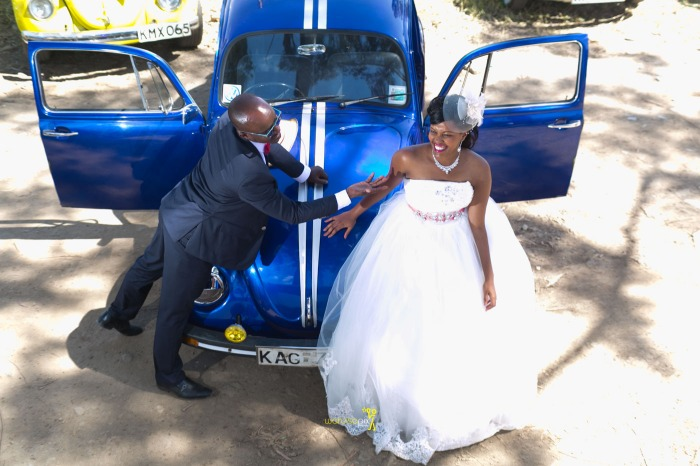 a vintage kenyan wedding with a random vw beetle and kombi convoy by kenya's top wedding photographer waruisapix-111